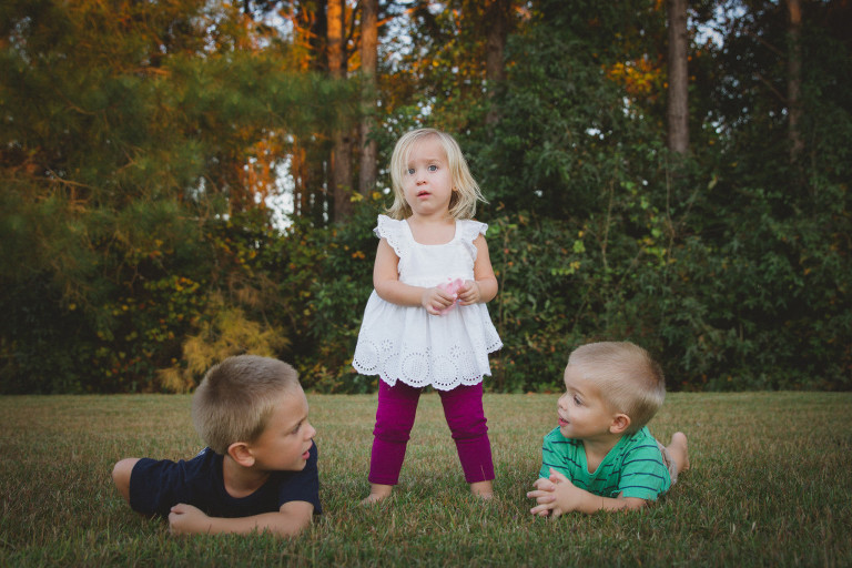 funny backyard family photo session in Hampstead NC