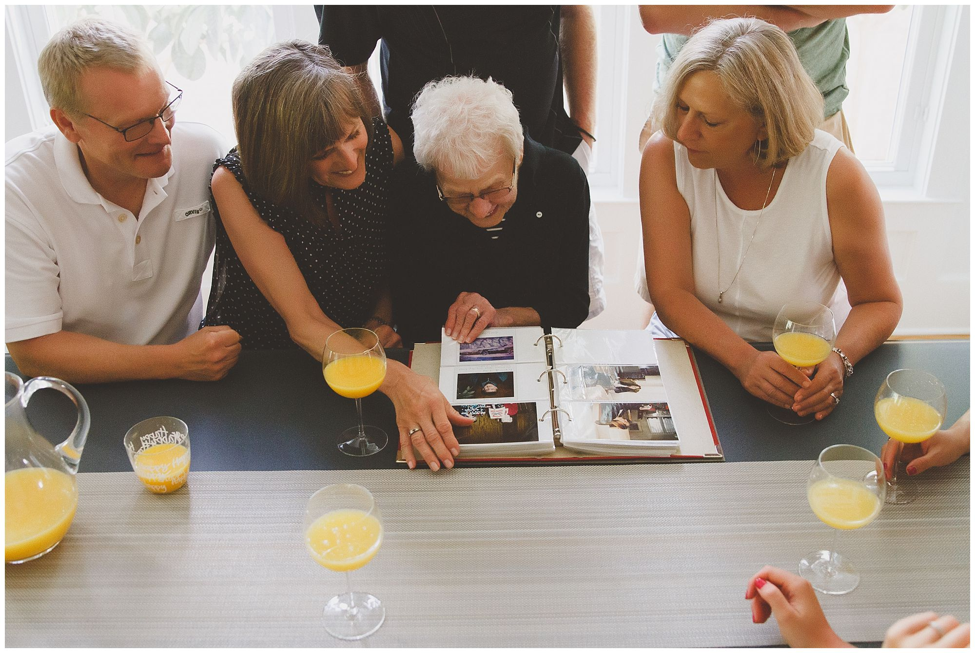 Celebrating the Matriarch with Family Photos | The L Family